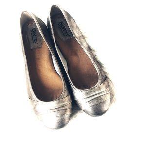 Born Metallic Leather Ballet Flats